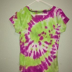 Tops - Size S Small v neck tie dye tee